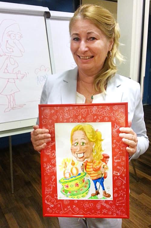 Geschenkidee 60 Geburtstag, Passepartout, roter Bildrahmen, Frau, Zeichnung, live, Kuchen